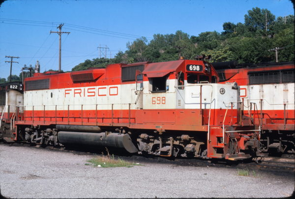 GP38-2 698 at Kansas City, Missouri on July 11, 1976 (James Primm)