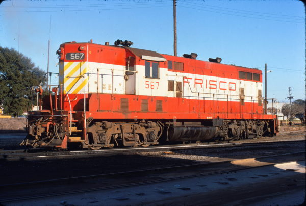 GP7 567 at Pensacola, Florida in December 1974 (C. Fortenberry)