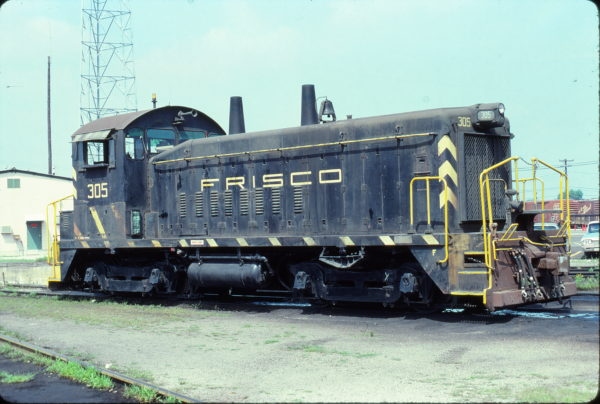 SW9 305 at Birmingham, Alabama on June 10, 1978 (Michael Reid)