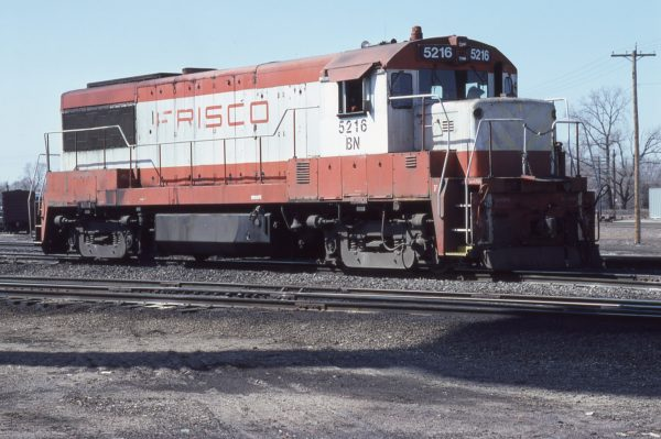 U25B 5216 (Frisco 814) (location unknown) in March 1981