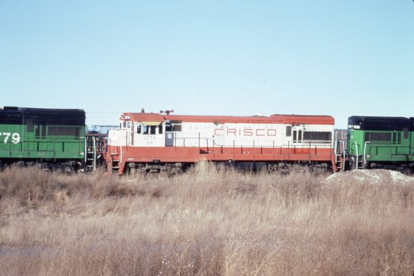 U30B 5774 (Frisco 836) at Lincoln, Nebraska on February 20, 1982 (P.B. Wendt)
