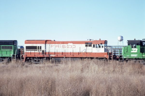 U30B 5781 (Frisco 843) at Lincoln, Nebraska in February 1982 (P.B. Wendt)