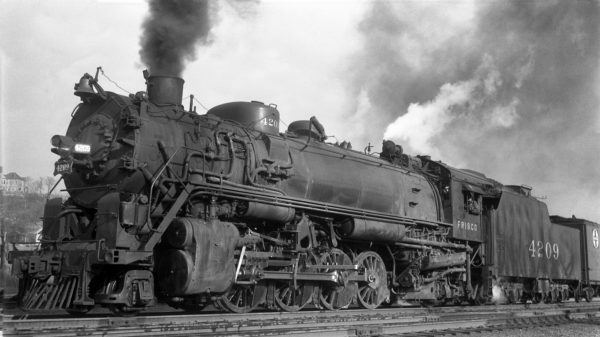 2-8-2 4209 at Kansas City, Kansas in November 1939 (J.T. Boyd)