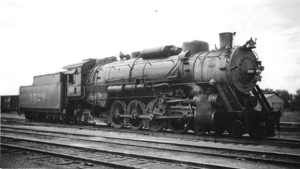4-8-2 1529 at Afton, Oklahoma on October 19, 1947 (Arthur B. Johnson)