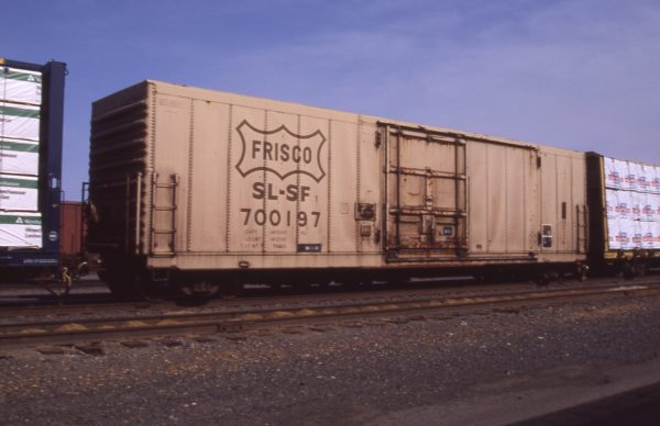 Boxcar 700197 at Pasco, Washington on April 29, 1996 (R.R. Taylor)