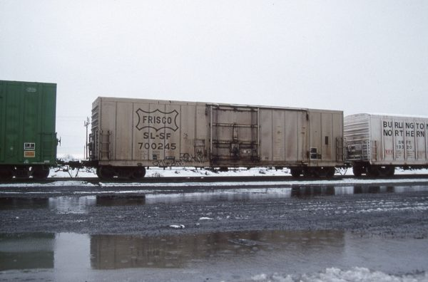 Boxcar 700245 at Pasco, Washington on December 10, 1996 (R.R. Taylor)
