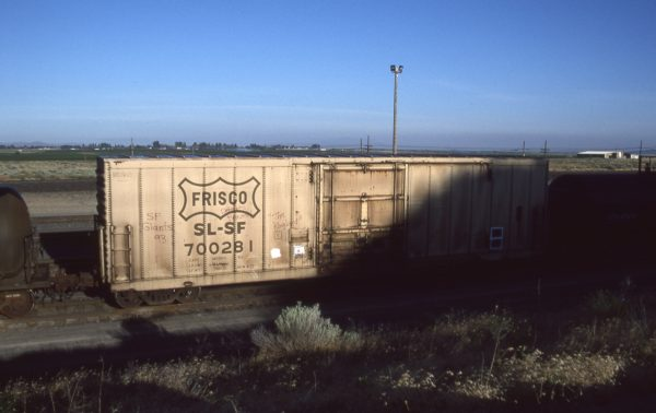 Boxcar 700281 at Pasco, Washington on July 3, 1996 (R.R. Taylor)