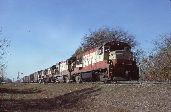 U25B 811 and U30B 844 at Fort Worth, Texas on November 23, 1977