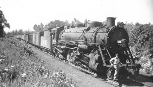 2-8-2 4133 near Mansfield, Missouri on May 30, 1947 (Arthur B. Johnson)
