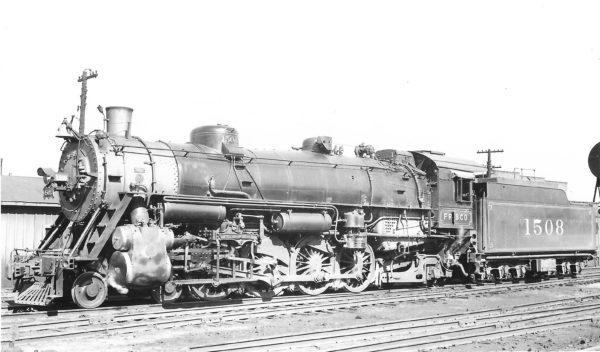 4-8-2 1508 at St. Louis, Missouri on December 24, 1938 (Arthur B. Johnson)