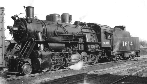 2-10-0 1614 at Springfield, Missouri on December 30, 1948 (Arthur B. Johnson)