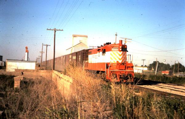 GP7 611 at Eldorado, OK (date unknown)