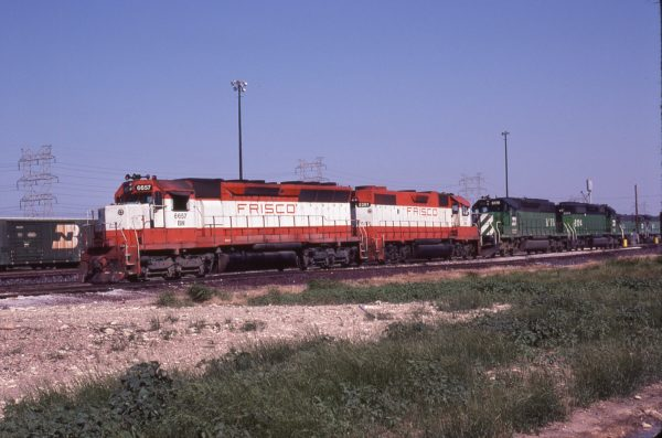 SD45 6657 (Frisco 907) and GP38-2 2281 (Frisco 426) at Fort Worth, Texas on May 12, 1981 (Richard Yaremko)