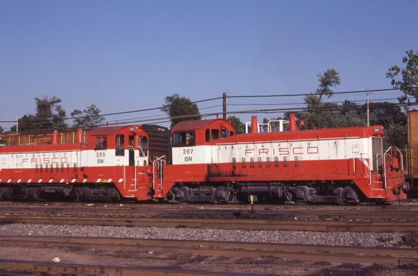 SW9s 265 (Frisco 310) and 267 (Frisco 312) at St. Louis, Missouri on September 9, 1981 (M.A. Wise)