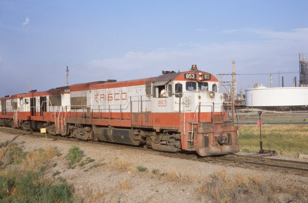 U30B 853 and U25B 826 at Augusta, Kansas (date unknown)