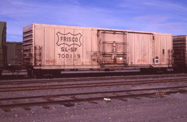Boxcar 700119 at Pasco, Washington on July 22, 1996 (R.R. Taylor)