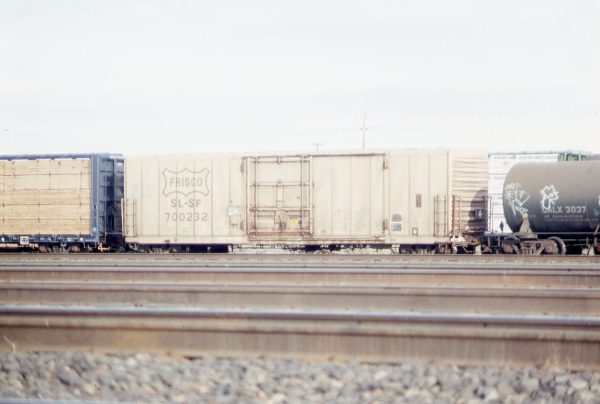 Boxcar 700232 at Pasco, Washington on January 9, 1997 (R.R. Taylor)