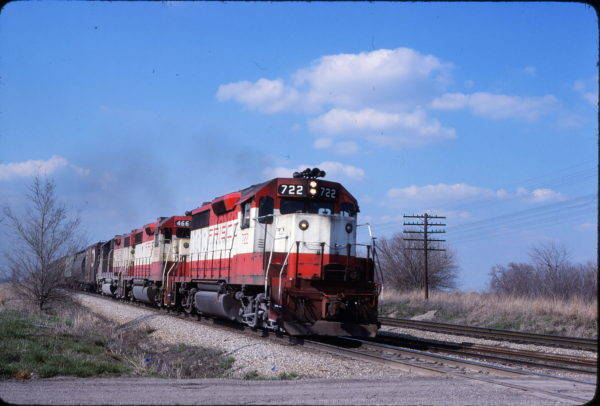 GP35 722 and GP38-2 466 South of Olathe, Kansas on April 18, 1980 (John Benson)