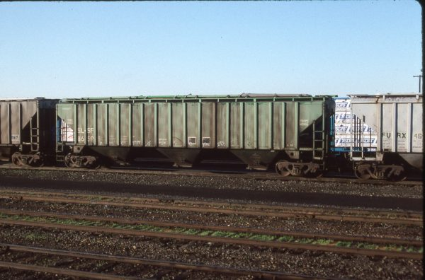 Hopper 86595 at Pasco, Washington on December 5, 1996 (R.R. Taylor)
