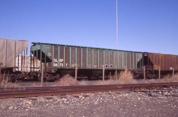 Hopper 86727 at Pasco, Washington on April 11, 1997 (R.R. Taylor)