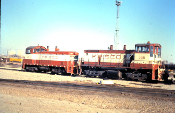 NW2 265 and SW1500 356 (date and location unknown)