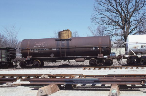 Tank Car 191032 at Springfield, Missouri on April 1, 1996 (R.R. Taylor)