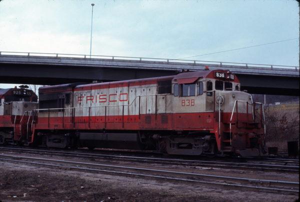 U30B 838 at Kansas City, Kansas on January 1, 1972 (Bob Schmidt)