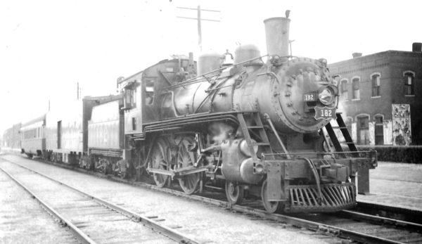 4-4-0 182 at Pittsburg, Kansas on May 30, 1948 (Arthur B. Johnson)