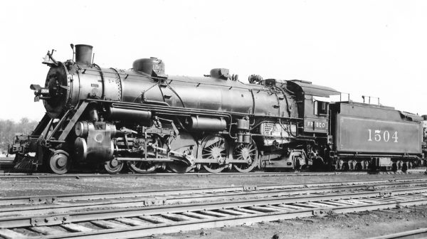 4-8-2 1504 at St. Louis, Missouri on April 13, 1938 (Arthur B. Johnson)