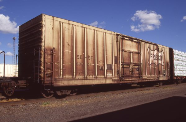 Boxcar 600011 at Pasco, Washington on April 20, 1996 (R.R. Taylor)