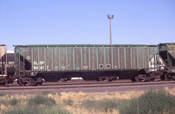 Hopper 86617 at Pasco, Washington on July 20, 1997 (R.R. Taylor)