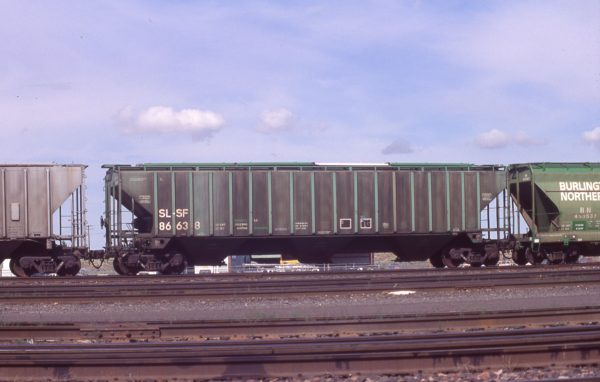 Hopper 86638 at Pasco, Washington on July 11, 1997 (R.R. Taylor)