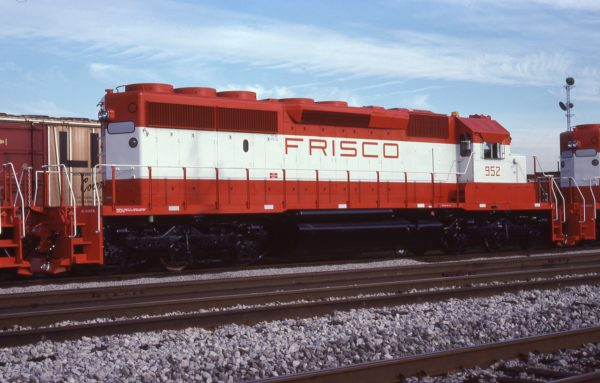 SD40-2 952 at Hazel Crest, Illinois on July 16, 1978