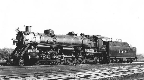 4-8-2 1500 at St. Louis, Missouri on September 4, 1938 (Arthur B. Johnson)