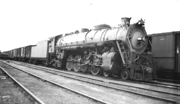 4-8-2 4409 at Tulsa, Oklahoma in September 1946 (Arthur B. Johnson)