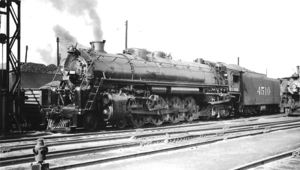4-8-4 4510 at Springfield, Missouri on August 23, 1947 (Arthur B. Johnson)