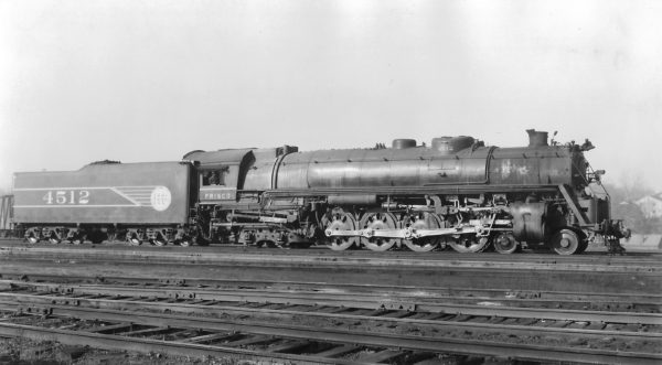 4-8-4 4512 at St. Louis, Missouri in March 1945 (Arthur B. Johnson)