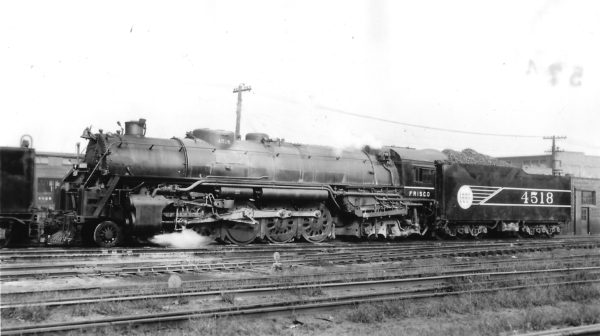 4-8-4 4518 at St. Louis, Missouri on October 4, 1943 (Arthur B. Johnson)