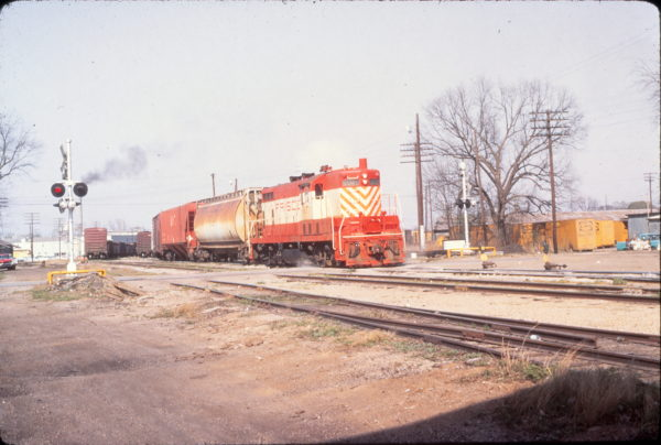 GP7 607 at Fort Smith, Arkansas on April 9, 1971