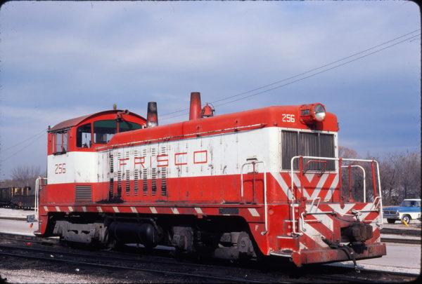 NW2 256 at Springfield, Missouri on November 11, 1979 (Gary Powell)