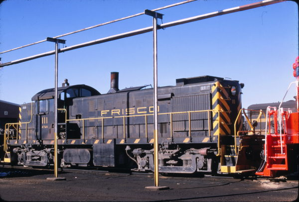 RS-1 111 on the Springfield, Missouri Dead Line in December 1968 (Mac Owen)