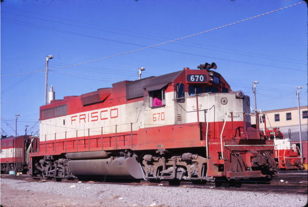 GP38-2 670 at Memphis, Tennessee on December 1, 1973 (David Johnston)