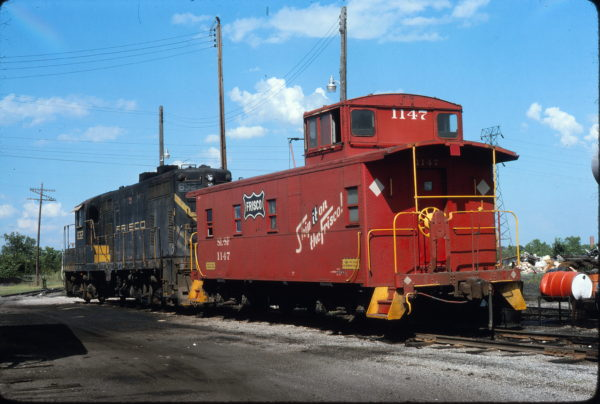 GP7 632 and Caboose 1147 at Pittsburg, Kansas in July 1975 (Steve Gartner)