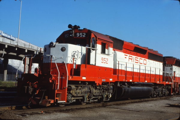 SD40-2 952 at Kansas City, Missouri on September 20, 1980 (James Primm II)