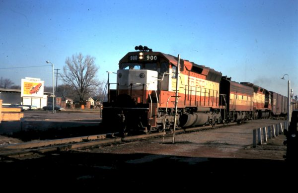 SD45 900 (date and location unknown)