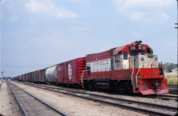GP15-1 119 at Madill, Oklahoma on August 27, 1980 (Bill Phillips)