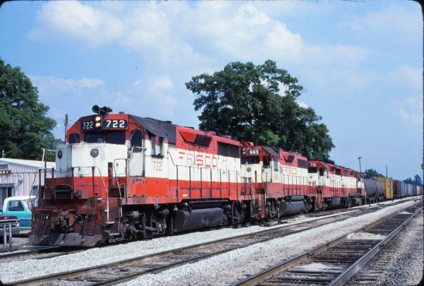 GP35 722, GP38-2 665 and GP35 701 (location unknown) in May 1980