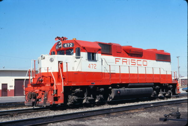 GP38-2 472 at Dolton, Illinois on Missouri Pacific tracks in April 1977 (Gregory Sommers)