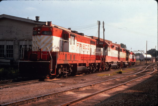 GP7 613 and GP38-2 423 Fort Smith, Arkansas on August 18, 1976