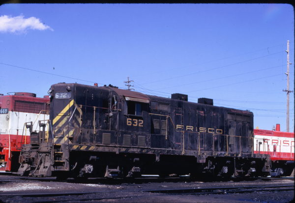 GP7 632 at Springfield, Missouri in April 1974 (Mac Owen)
